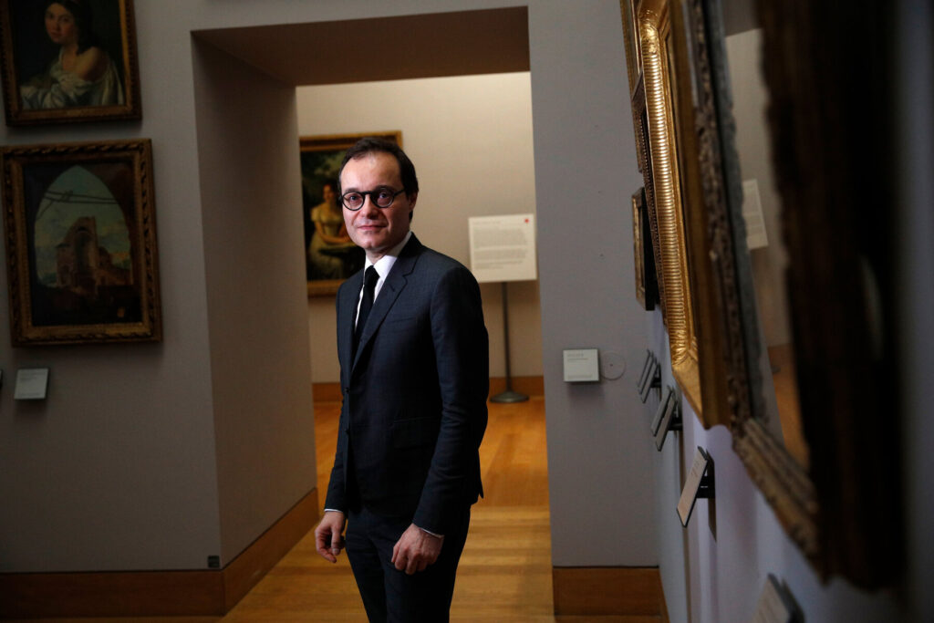 Art at the Louvre collection is on the hunt for looted Louvre's Paintings