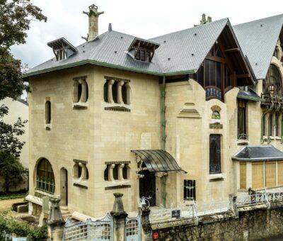Eight samples of Art Nouveau architectural style